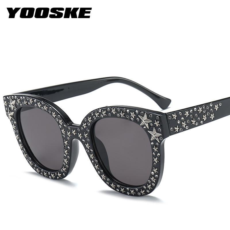 7abade43cad54 Compre YOOSKE Rhinestone Óculos De Sol Mulher Marca Designer Redondo  Cristal Star Frames Óculos De Sol Ladies Luxury Pink Shades Eyeglasses De  Enchanting11