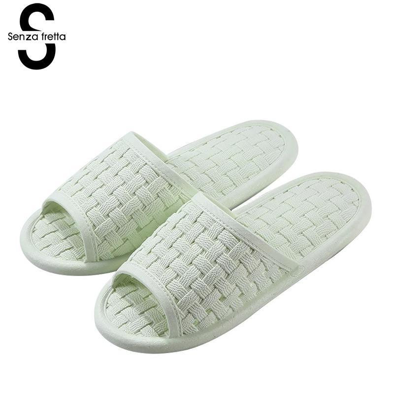 83d11799e9fd Senza fretta seasons bathroom women slippers couple women indoor jpg  800x800 Bath shoes