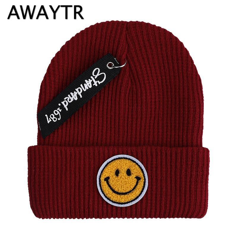 7398bd17b31 2019 AWAYTR New Fashion Women Men Winter Hat Knitted Skuilles Beanies For Women  Smile Face Hats Unisex Winter Cap Men Brand Hat From Yangmeijune