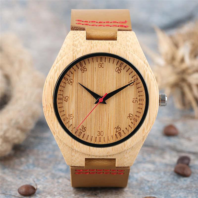 8796bdfe2e78 Compre Madera Simple Reloj De Bambú Hombres Números De Banda De Cuero  Genuino Creativo Reloj De Las Mujeres 2018 Recién Llegado De Madera Hecho A Mano  Reloj ...