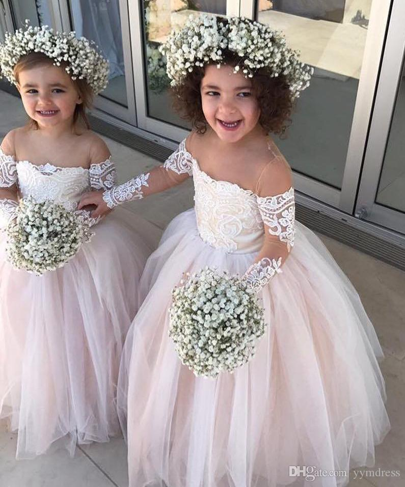 Mangas largas Vestidos de niña de flores Rosa Tiqué de encaje con apliques Vintage Vestidos para niños Vestidos de boda de princesa hermosa País