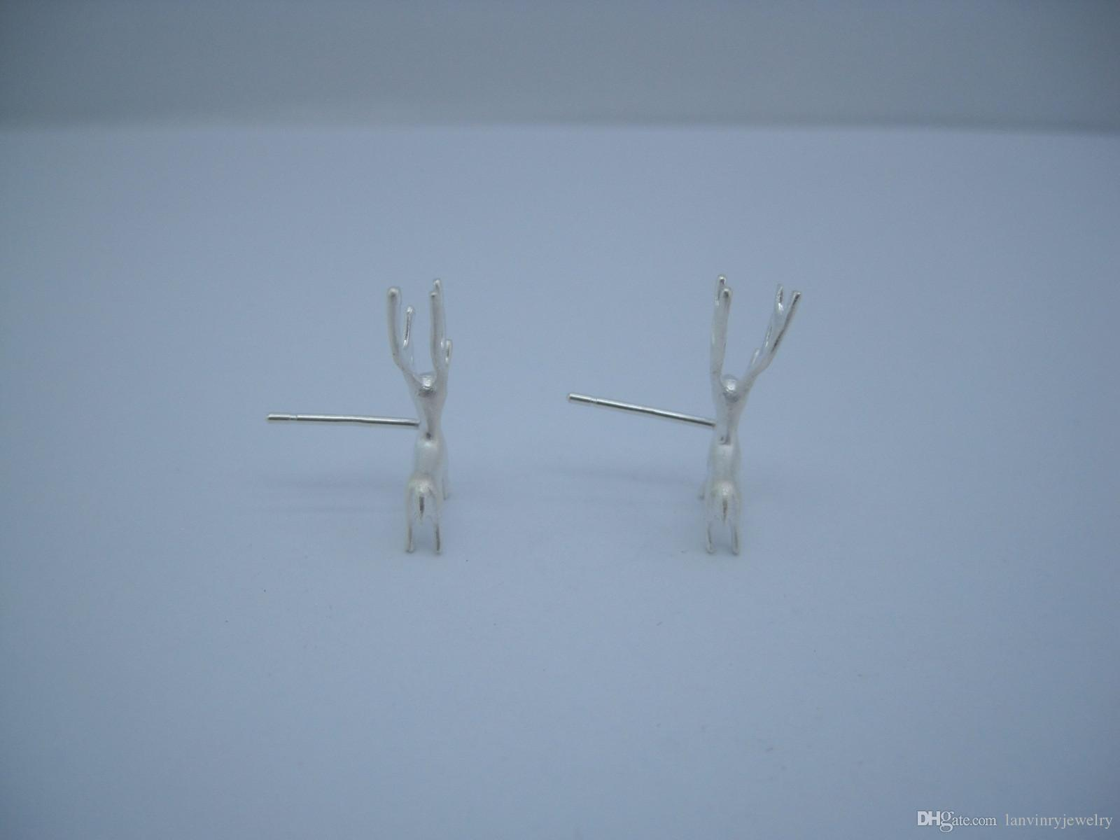 Luxury Brand new 925 sterling silver fashion jewelry hand-made designer cute silver deer post stud earring for Christmas gift