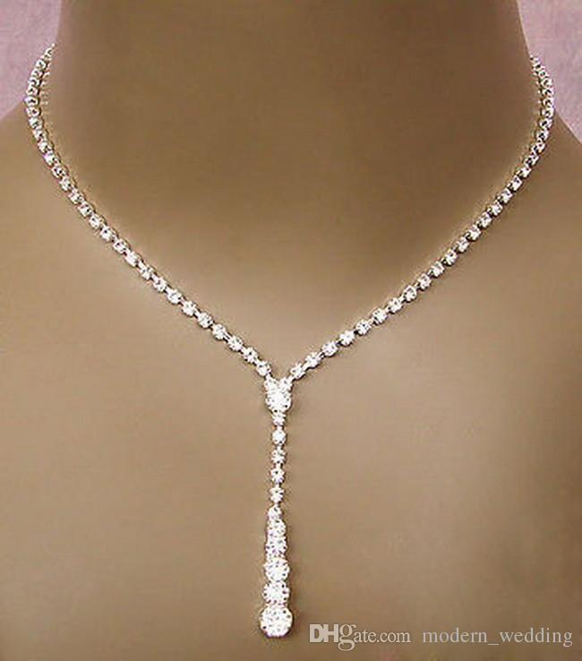 927e7621e113 Compre Bling Cristal Conjunto De Joyería Nupcial Plateado Collar De Plata  Pendientes De Diamantes Conjuntos De Joyas De Boda Para La Novia Damas De  Honor ...