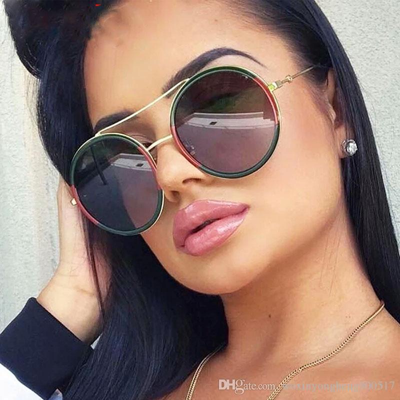 df291c884 Compre Rodada Óculos De Sol Mulheres 2018 Máscaras De Luxo Óculos De Sol  Feminino Masculino Retro Óculos Armações De Óculos Luneta Senhoras Óculos  De Sol ...