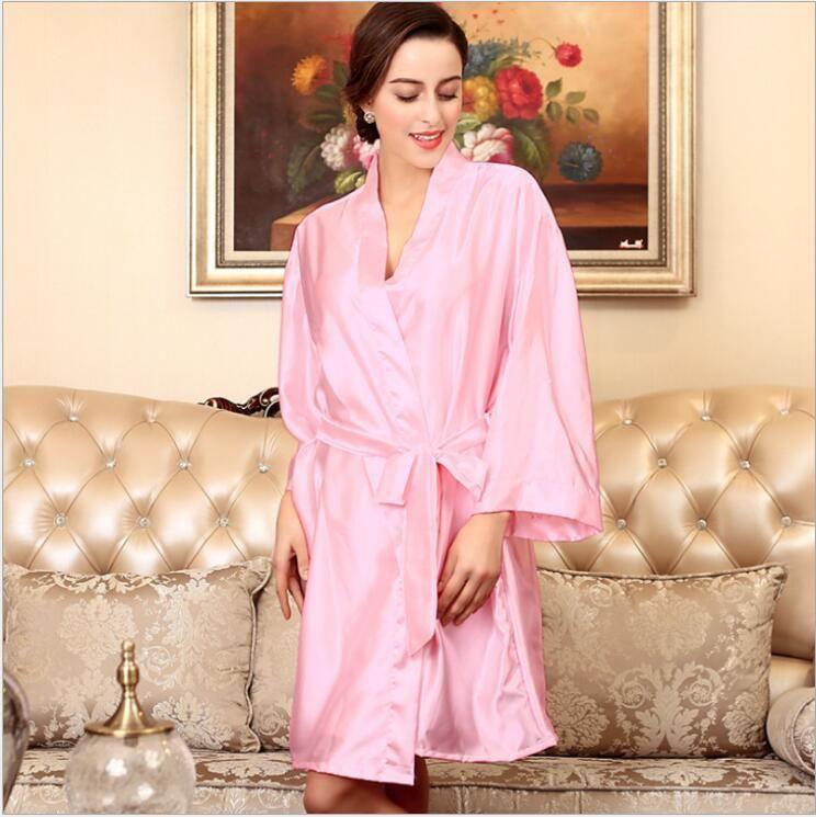 2019 Sexy Wedding Bridal Dressing Gown Women Satin Bride Robe Bridesmaid  Lace Kimono Bathrobe Summer Nightwear Plus Size Peignoir From Tp7321880 cf914e47d