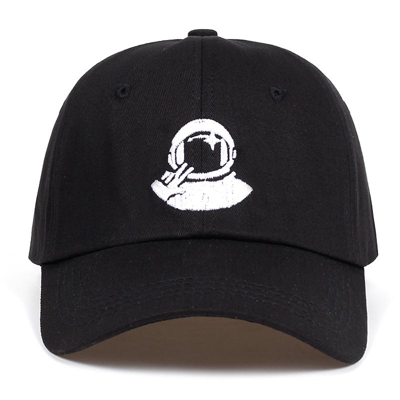 Compre Mujeres Hombres Nuevas Gorras De Béisbol Negras Astronauta Spaceman  Bordado Explorador Algodón% Snapback Sombreros Golf Sombrero Hueso Garros A  ... 8da65db33a6
