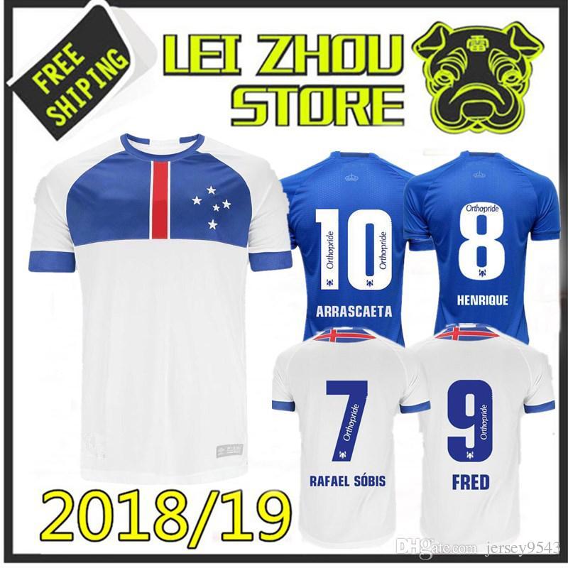 ca47c8fac4e Acheter 2018 FC Cruzeiro Bleu Blanc Maillot De Football 2019 9 FRED 10  ARRASCAETA 7 RAFAEL SOBIS THIAGO NEVES Maillot De Football Uniforme Taille  S 2XL De ...