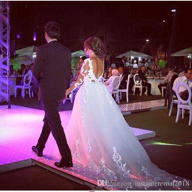 2018 Arabo Backless Abiti da sposa Una linea di pizzo Applique Vedere se maniche lunghe con treno staccabile Plus Size abiti da sposa formale