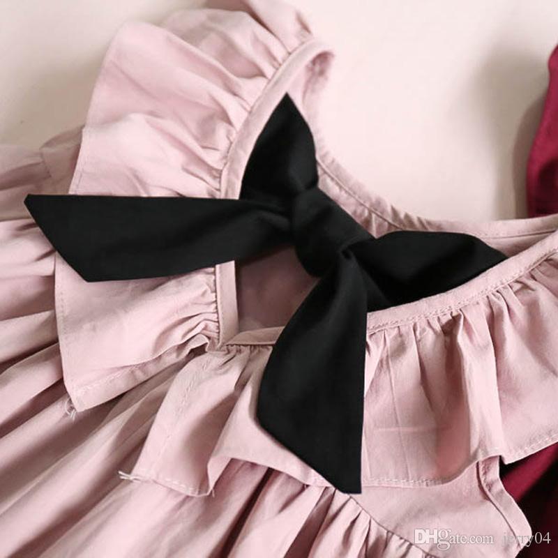dbe849eb8faa8 Compre Verano 2018 Nuevo Estilo Casual Moda Mosca Manga Niñas Arco Vestido  De La Muchacha Ropa Para Niños Lindos Vestidos A  3.82 Del Jerry04