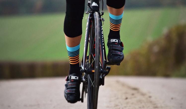 Cycling socks High Quality Professional Brand Sport Socks Breathable Bicycle Socks Stripe Style Sports Racing Basketball Football