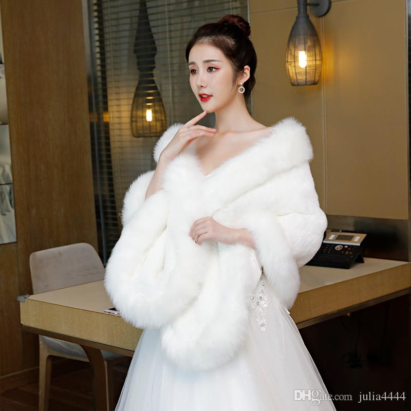 e6cc577dd106 2019 2019 Winter Wedding Coat Bridal Faux Fur Wraps Warm Shawls Outerwear  Black Blue Silver Gray White Bolero Jacket For Women Prom Evening Party  From ...