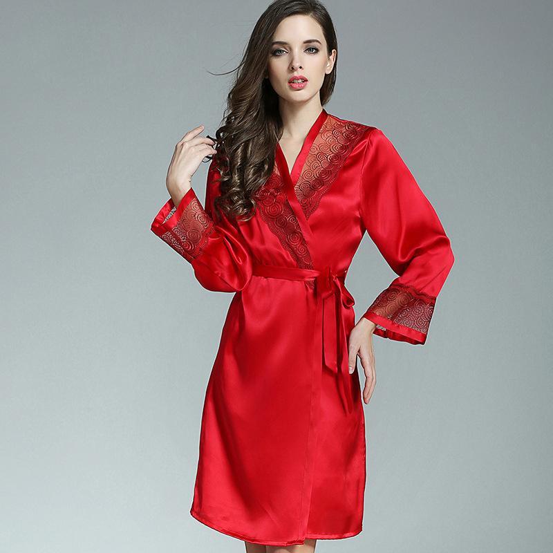 4dbf8692c Compre 100% Silkworn Silkworn Mulheres De Seda Robe Camisola Conjuntos De Duas  Peças De Verão Sexy Real Sleepwear Seda Do Laço Do Sexo Feminino Bordado ...