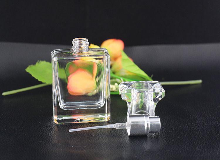 2019 HOt Sale Glass Pump Sprayer Bottles 30ml Lotion Bottle Cosmetic Sprayer Bottles Wholesale Clear Spray Bottle
