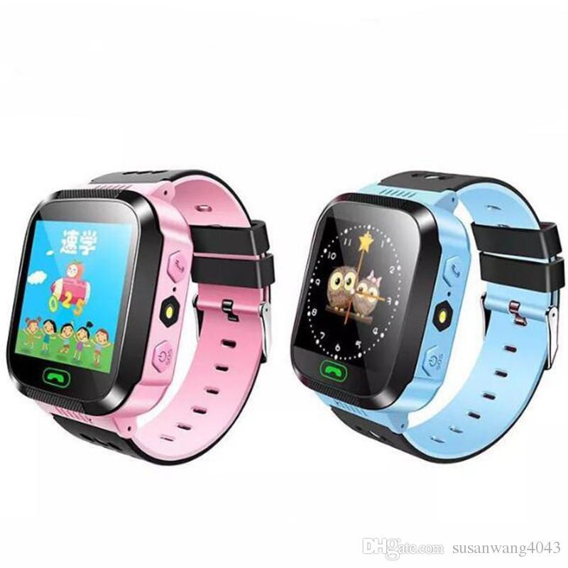 fd5326e094f5d Celulares Baratos Reloj Inteligente Para Niños 1.44 Pantalla Táctil Q528  LBS Tracker Reloj Anti Perdido Niños Tracker Relojes De Pulsera SOS Para  Android ...