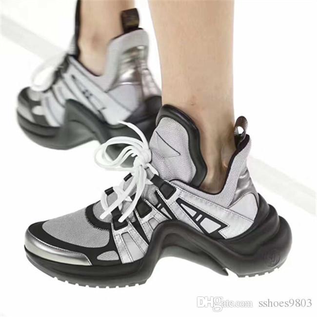 bba9e859c3 Compre Zapatillas De Deporte ARCHLIGHT Zapatos Papá Desfile De Moda ...