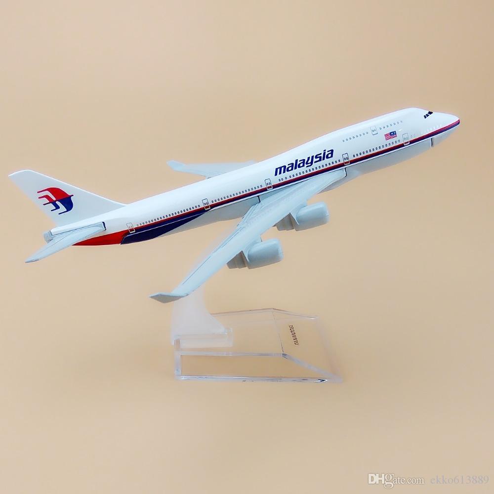 Nouvelle vente chaude 1: 400 Malaisie Boeing 747 16 cm en alliage métal modèle avion enfant cadeau d'anniversaire avion modèles chiristmas cadeau