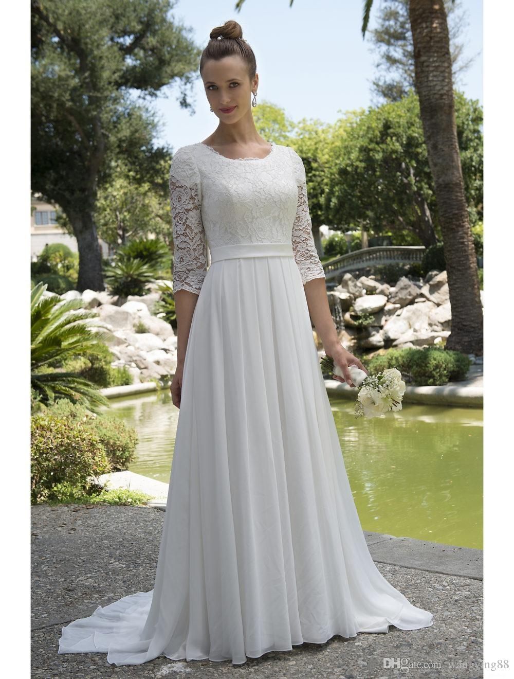 Informal Lace Chiffon Modest Beach Wedding Dresses With 34 Sleeves Scoop Neck Reception Bridal Gowns Mature Bride Elegant New