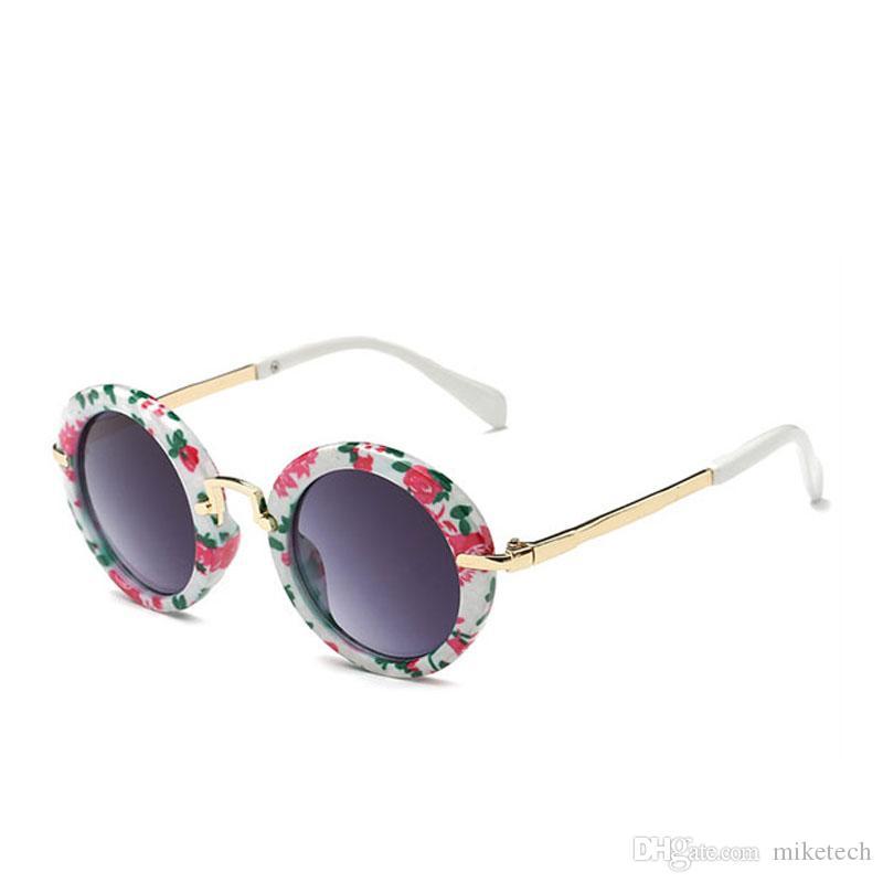 bc8e21b7b064 2019 Vintage Children Round Sunglasses Kids Designer Eyewear Shades For Girls  Boys Goggle Baby Glasses Retro Oculos UV400 Gafas 8223J From Miketech, ...