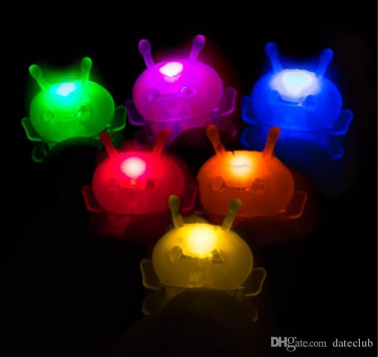 Magische Biene des neuen Ankunftsminifingers fliegt magisch Blitz magische Lichter für helles bugz mit magischen Lichtern des Projektionshandy-Fingerspielzeugs
