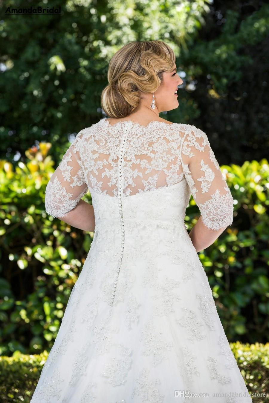 Amandabridal Plus Size A Line Lace Wedding Dresses With Half Sleeves 2021 Long Princess Bridal Gowns Appliques Crystal