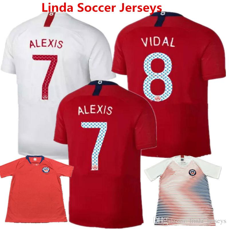 76c82648c3f7b Ropa De Fútbol Chile 2018 Jersey De Fútbol SANCHEZ VALDIVIA MEDEL VIDAL Home  Red Camisetas De Futbol ALEXIS America Camisetas World Cup Uniform Por ...