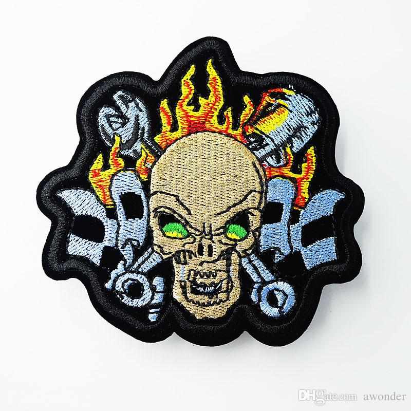 Skull Mend Embroidery Patches Punk Hippie Iron On Sewing Applique Badge Clothes Patch Stickers For Jackets Jeans Garment Accessories