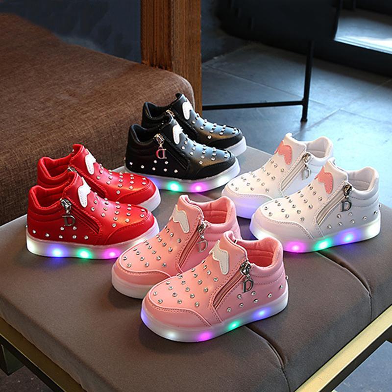 1d31d7593ef88 Acheter Enfants Chaussures Printemps Et Automne Coréen Enfants Sports  Lights Chaussures Enfant Diamant Cartoon LED Lumineux Fond Doux Filles  Chaussures De ...