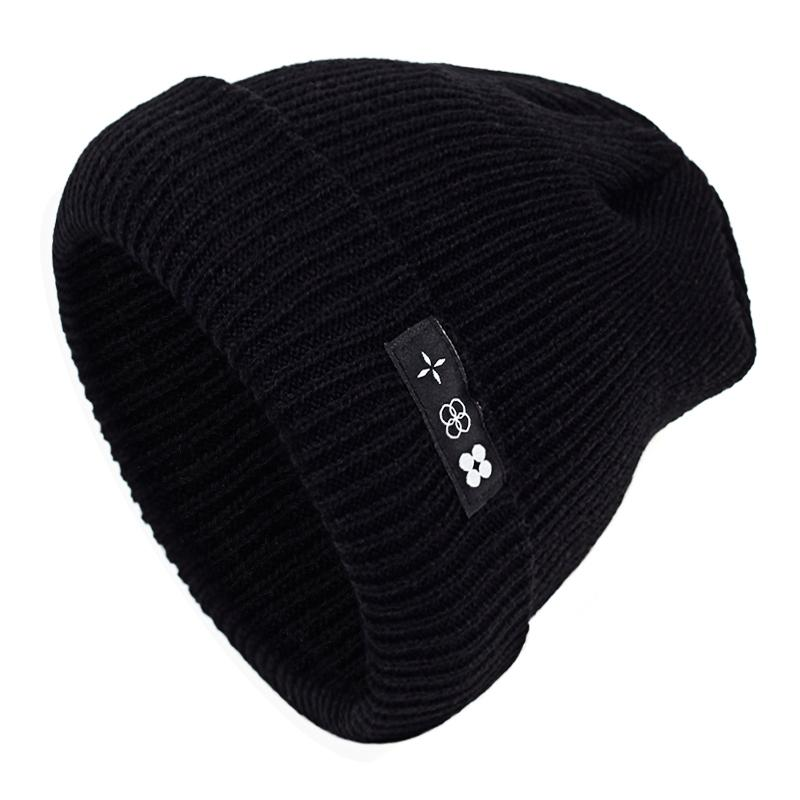 98b9d28755d 2018 New BTS Beanies Knit Cap Couple Winter Caps Skullies Bonnet Winter Hats  For Men Women Beanie Ski Sports Warm Cap S926 Stetson Hats Trilby From  Ruiqi09