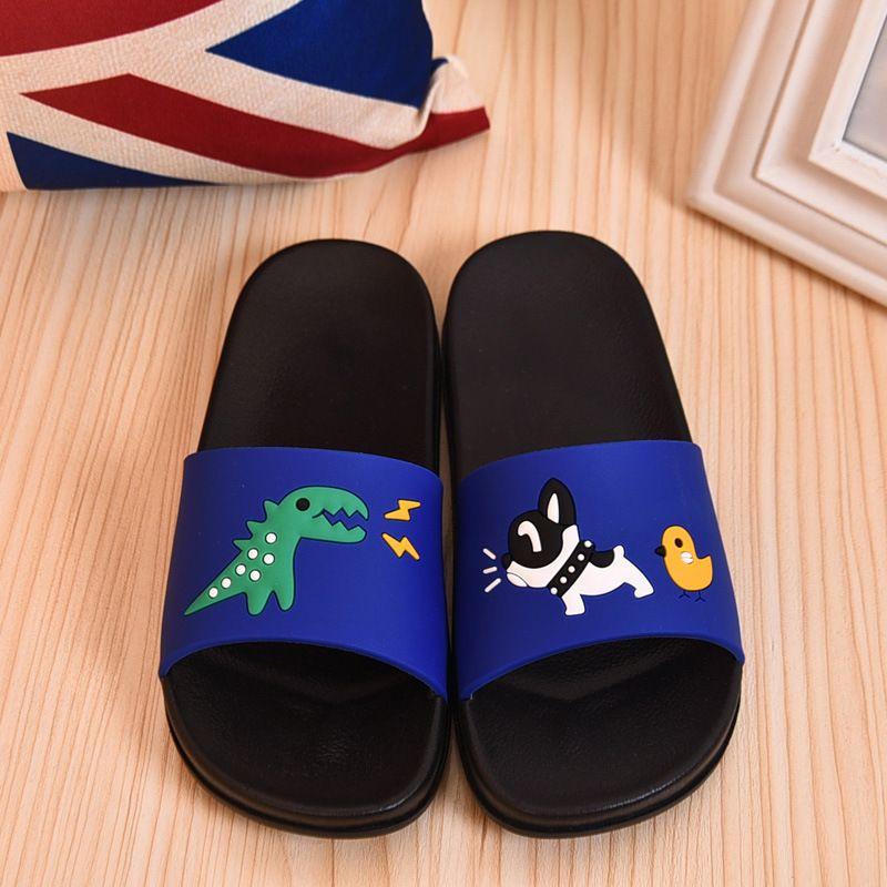 2f66bc72a Compre Zapatillas Para Niños Moda De Verano Impresa Patrón De Dibujos  Animados Con PU Material Chlid Zapatos Interior Antideslizante Estilo  Encantador ...