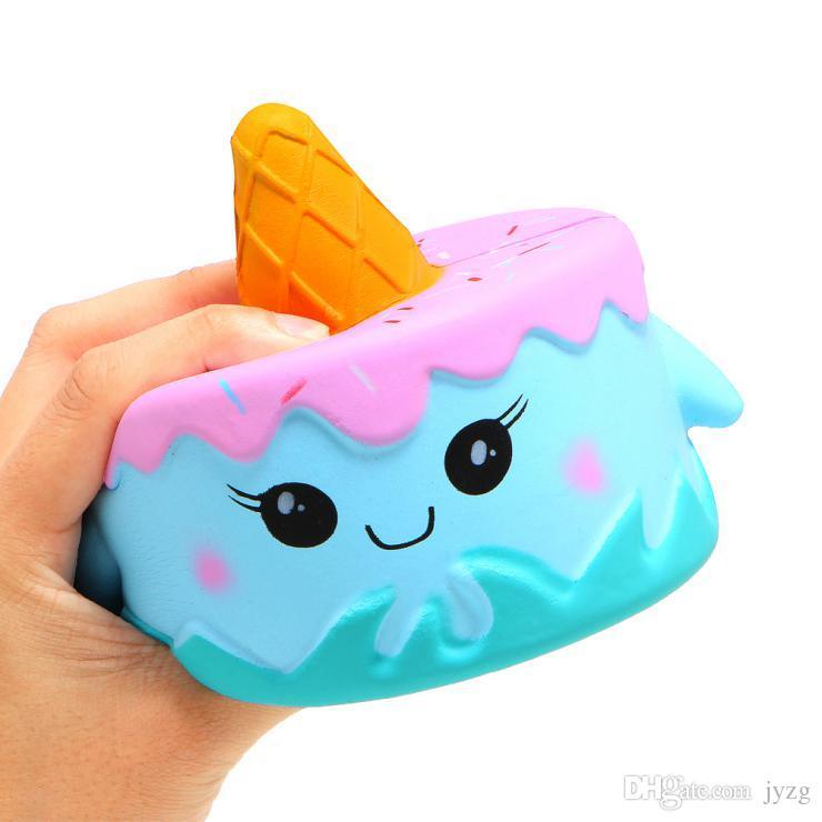 اسفنجي لطيف الوردي كعكة اللعب 11 سنتيمتر ملون الكرتون كعكة الذيل الكعك الاطفال متعة هدية اسفنجي بطيئة ارتفاع kawaii squishies