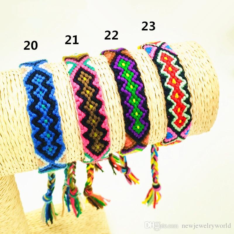 20 UNIDS Mezcla Venta Caliente Moda Estilo Vintage Colores Aleatorios 1.5 CM Ancho de Algodón de Punto Unisex Pulsera de la Amistad Pulseras de Verano