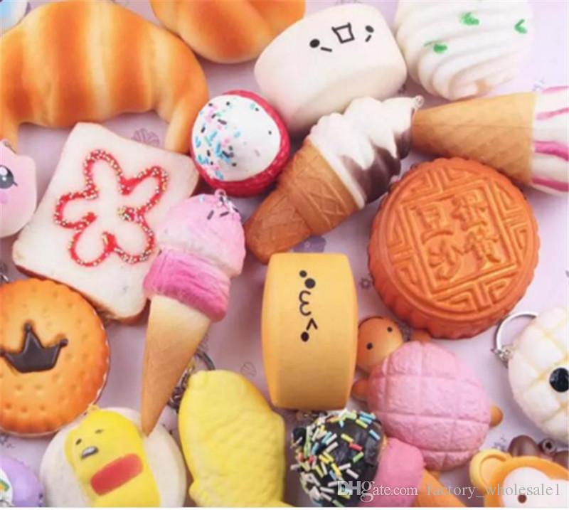 10 قطعة / الوحدة kawaii squishies كعكة نخب دونات الخبز ل حقيبة الهاتف الخليوي سحر الأشرطة بالجملة مختلط نادر اسفنجي بطيئة ارتفاع الحبل جديد