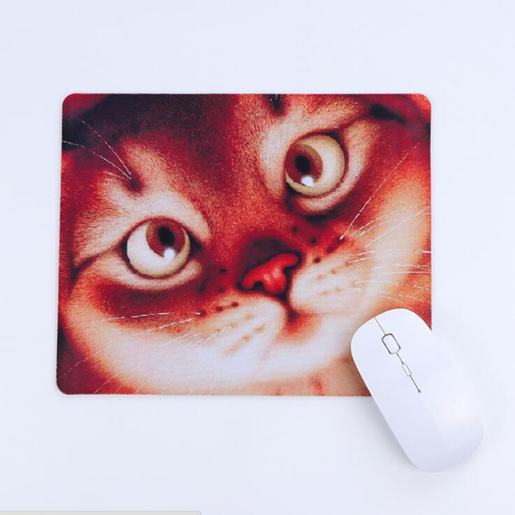 250mmX300mmX4mm Thickened mouse pad Antiskid rubber bottom Cloth surface material Precision sewing
