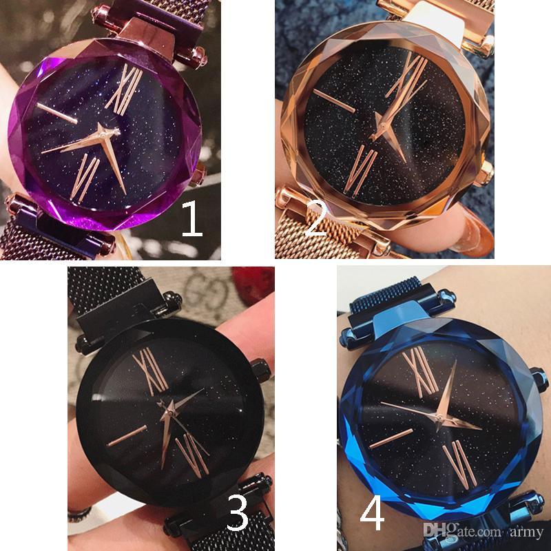 3feadb6d992 Compre Mais Novo Venda Quente Relógio De Pulso Magnético 4 Cores Mulheres  Assista Moda Marca De Luxo Marca De Aço Mujer Lady Vestido Relógio Com  Mostrador ...