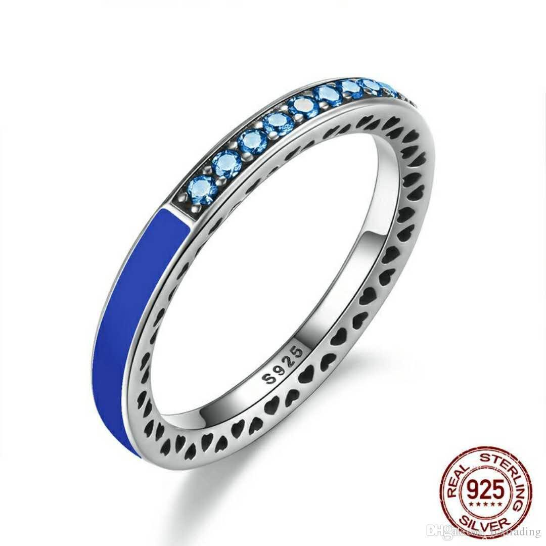 Authentique 925 Bague en argent Sterling pour bijoux européens Radiant coeurs Air Bleu Émail ciel bleu synthétique spinelle Femmes Anneau