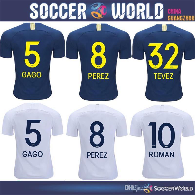 Nuevo 2019 Boca Juniors Home Blue Soccer Jersey 18 19   5 GAGO   10 ROMANO    32 TEVEZ Boca Juniors Camiseta De Fútbol De Visitante 2018 Uniformes De  Fútbol ... 249a545930c94