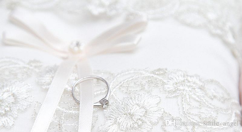 2019 جديد خاتم الزواج وسادة العاج الرباط الشريط مطرز زينة خواتم حامل جميلة جدا جودة عالية الساخن بيع