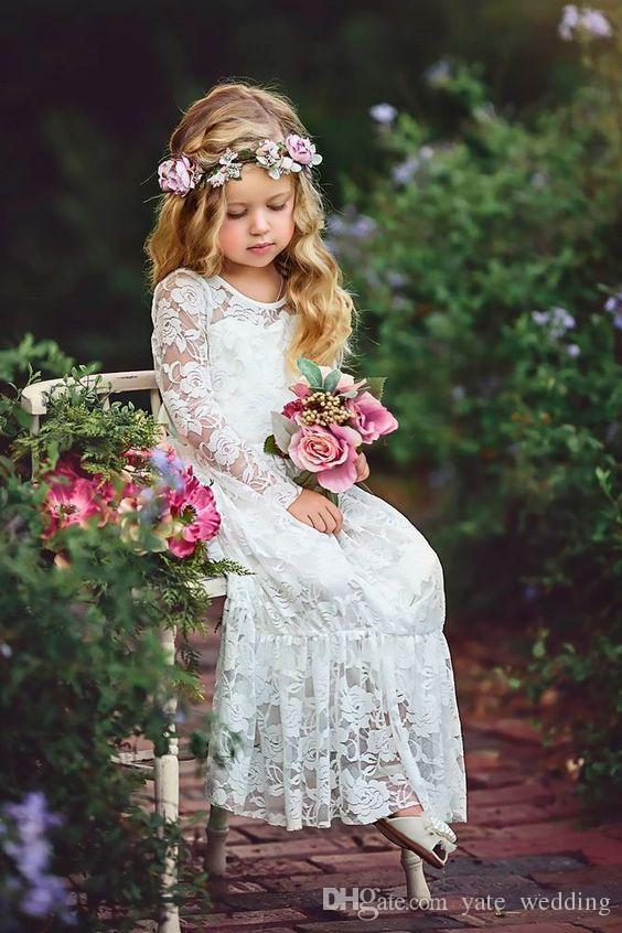 Abiti da ragazze di fiori in pizzo avorio matrimoni maniche lunghe lunghezza del pavimento Boho Bambini Abiti da festa di compleanno di nozze con fascia a nastro