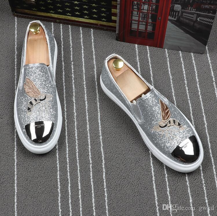 2018 NEW style Western Style luxurious embroidery men shoes Comfortable business wedding shoes Fashion Pointed Toe Slip On Loafers G222