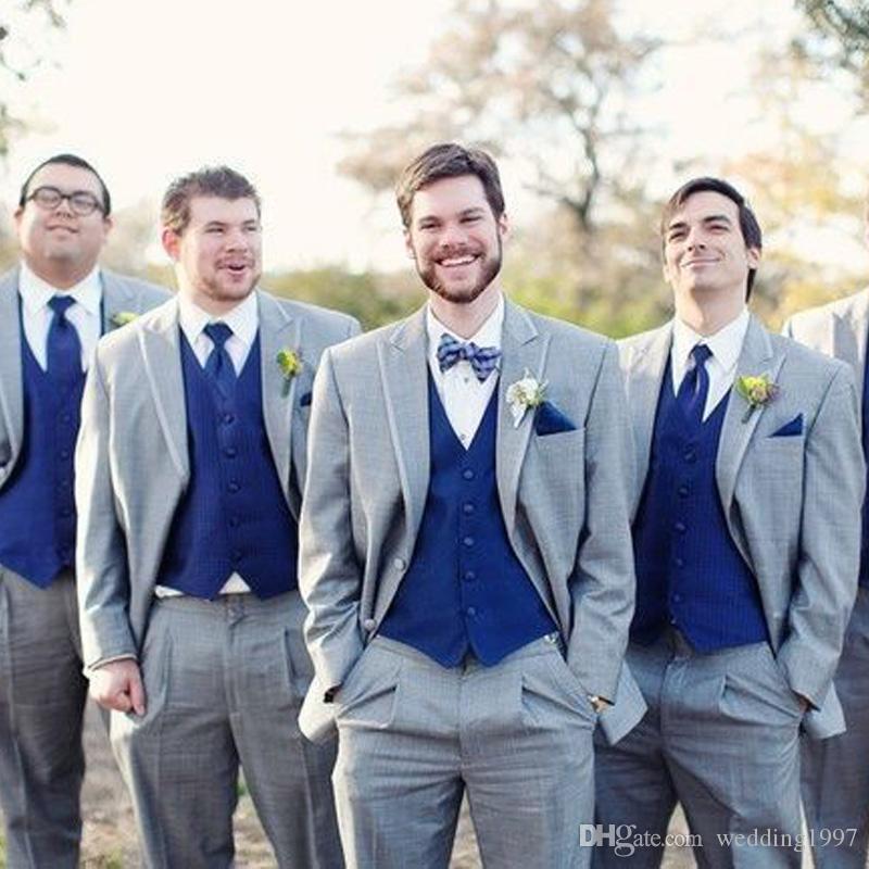 Cinza Padrinhos De Casamento Smoking 2018 Estilo Clássico Três Peças Royal Blue Vest Cinza Custom Made Homens Ternos Jacket + Vest + Calças