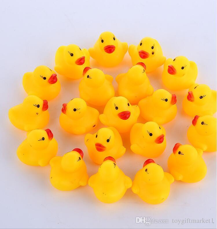 100pcs/lot Wholesale mini Rubber bath duck Pvc duck with sound Floating Duck Fast delivery Swiming Beach