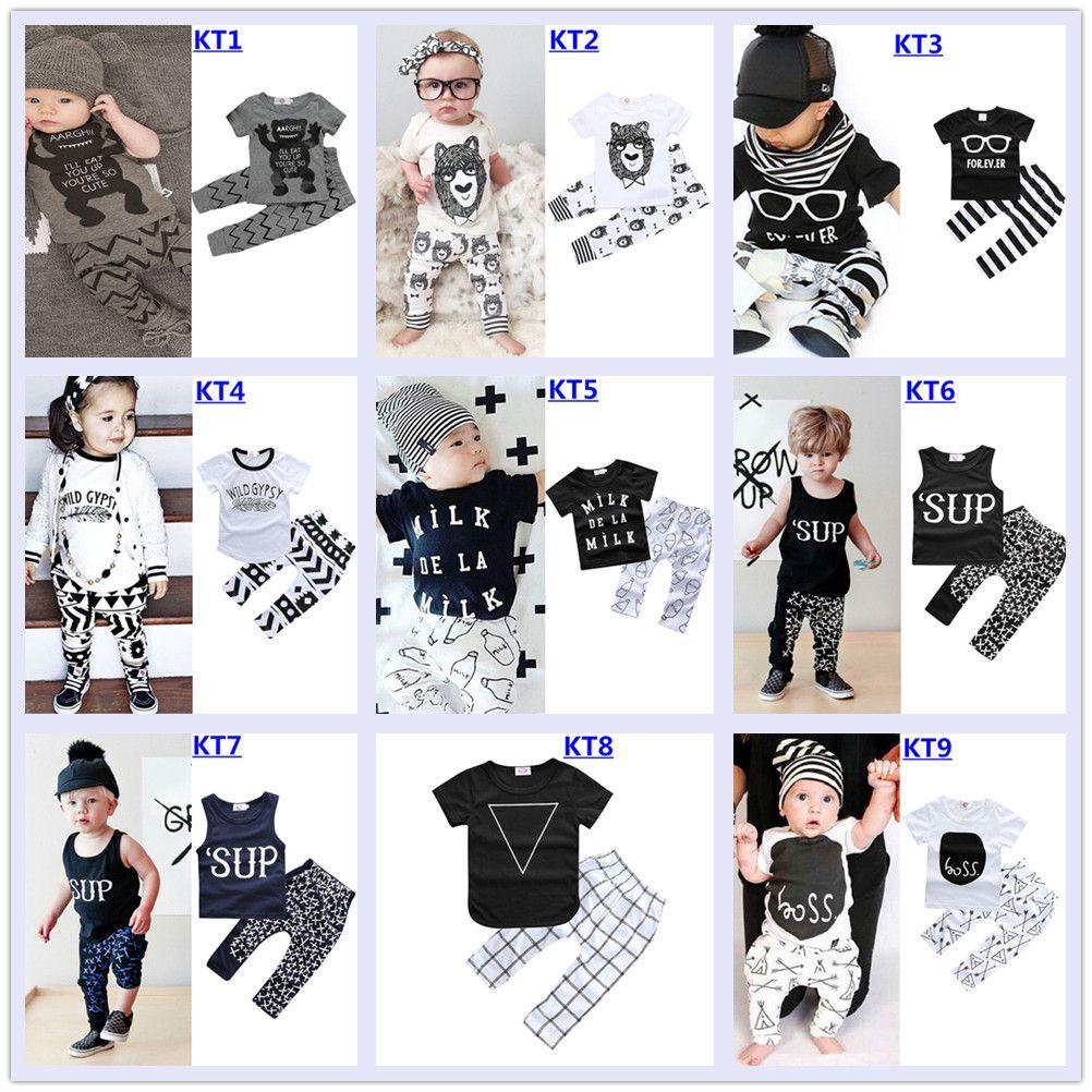 0204340785cbc Acheter 2018 Bébé Garçon Fille Vêtements Mode Bébé Vêtements Ensemble  Imprimé Lettre Manches Courtes T Shirt Tops + Pantalon Bébé Outfit 0 2 Ans  27 ...