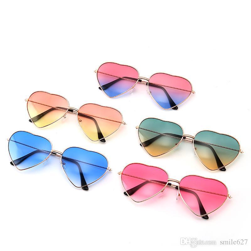 70436e5cdc Metal Frame Ladies Heart Shape Sunglasses Lolita Love Unisex Glasses ...