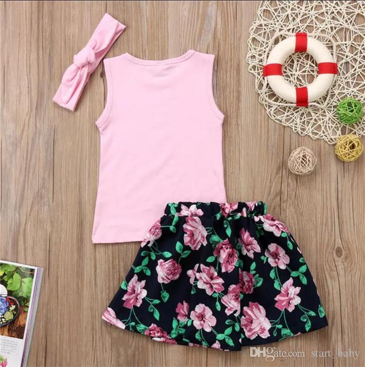 Bebés Meninas irmãs verão roupas conjuntos rosa headband + besties arrow impressão camiseta sem mangas + flor saia bonito roupas meninas da criança