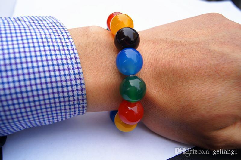 Ручной работы натуральный красный, синий и зеленый черный агат бусины 15.7 мм, 13 бусин. Резинки образуют привлекательный браслет.