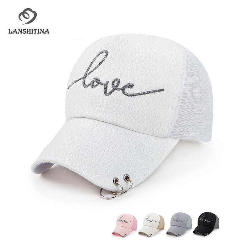 Compre Love Letter Logo Mujer Snapback Ajustable 5 Panel Gorra De Béisbol  Con Aro Colgante Moda Damas Mesh Peaked Cap Gorras Sunhat A  25.97 Del Ekkk  ... 339b9974e4c