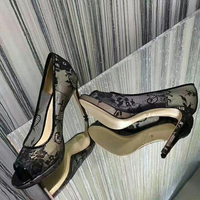 Neueste Spitze aushöhlen Blume Plattformpumpen Frauen Sandalen Sexy High Heel Peep Toes Damen Schuhe Elegante schwarze Bankett Schuh Frau Sandalen