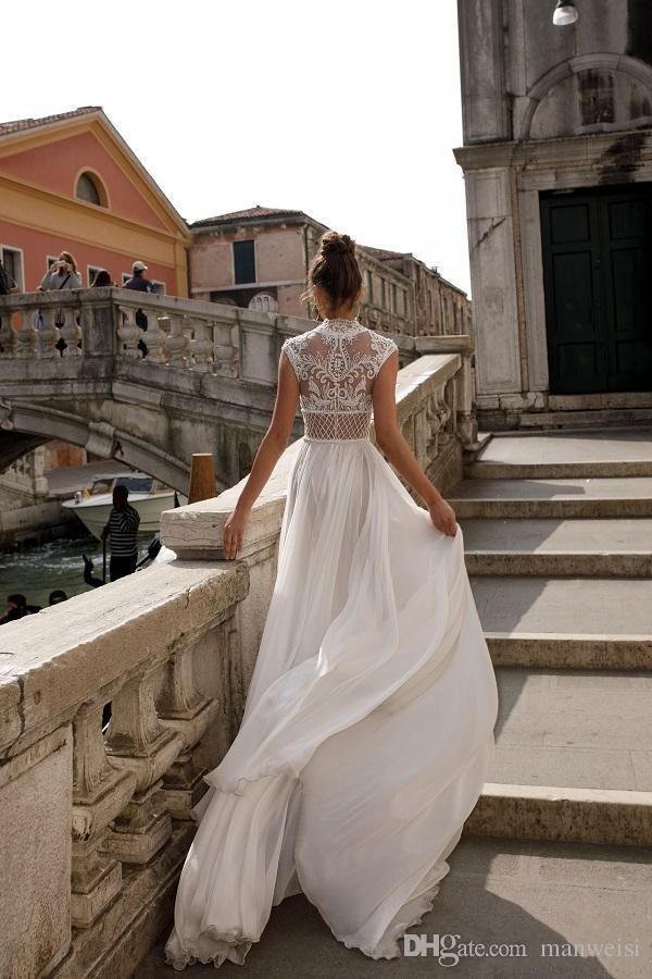 Julie Vino 2019 Abiti da sposa alta fessura Bohemia Sexy pizzo Appliqued Abiti da sposa Una linea Beach Abito da sposa