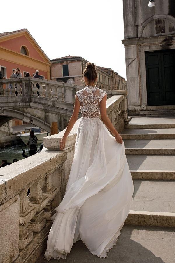 Julie Vino 2019 Hohe Slits Brautkleider Böhmen reizvolle Spitze Appliqued Brautkleider A-Linie Brautkleid