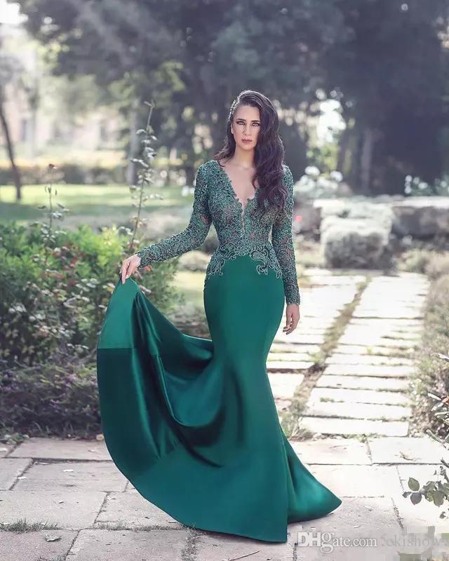 Saudi Arabic Dubai 2018 Dark Green V Neck Lace Applique Mermaid Evening Dresses Long Sleeves Sweep Train Formal Party Prom Dress Custom Made